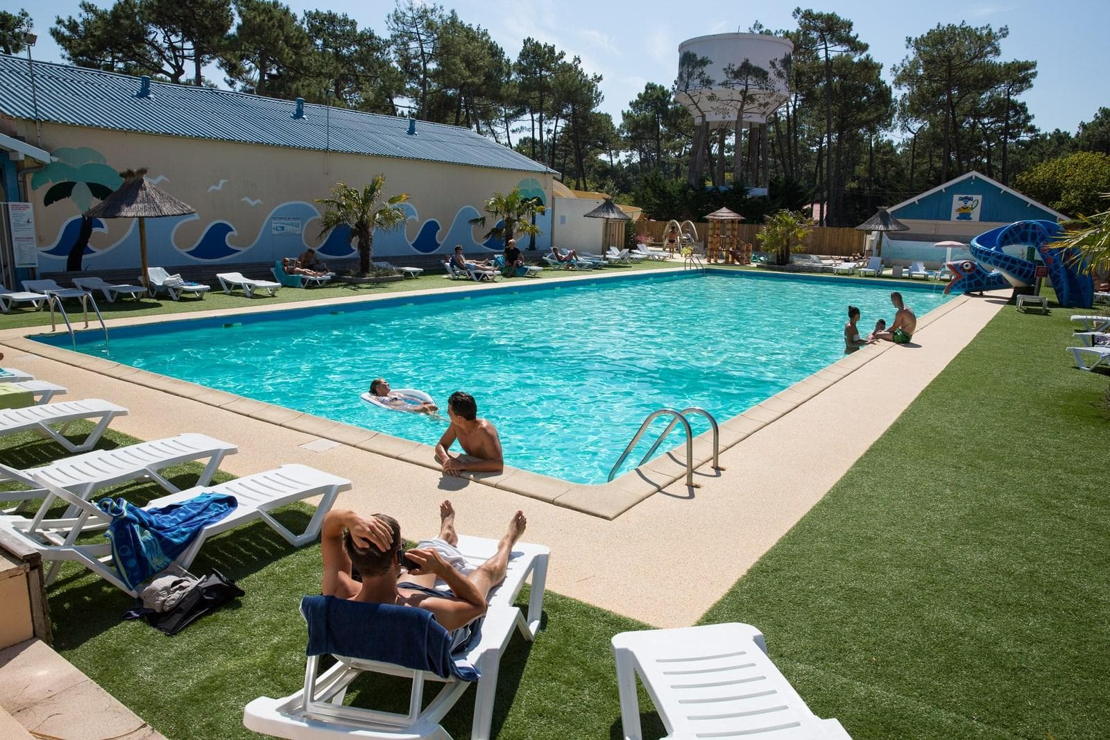 France Surflife Mimizan Deluxe Pool
